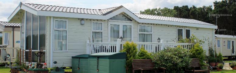 main of Mobile Homes: To Buy or Rent?